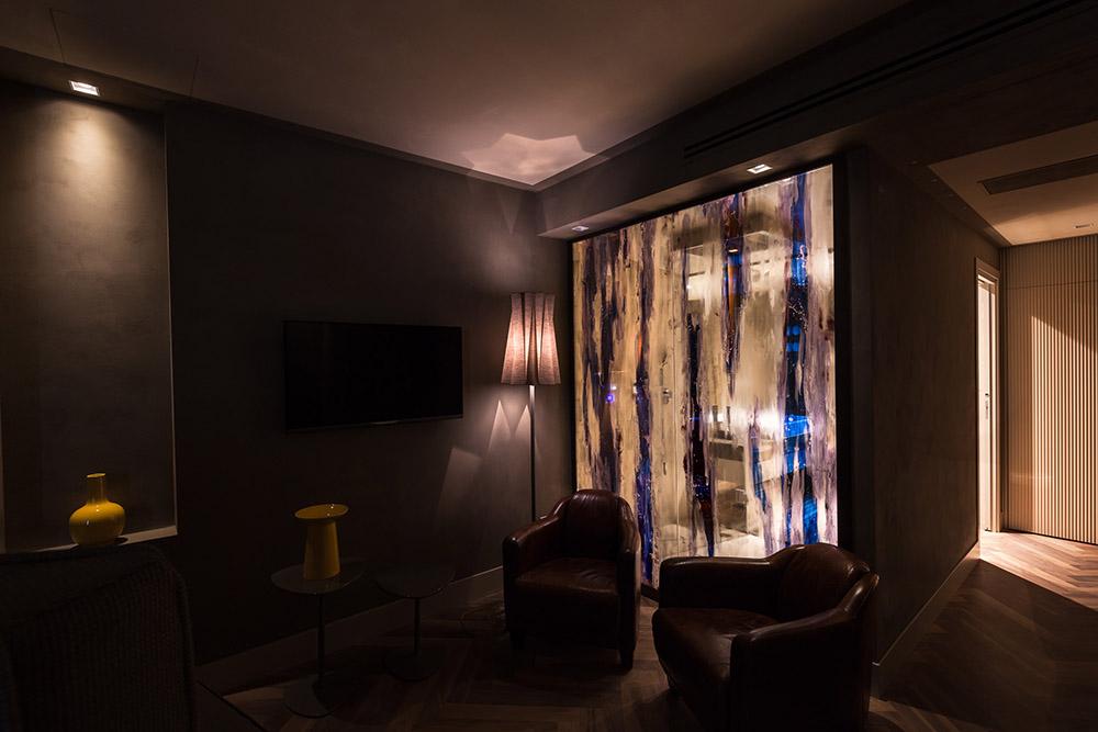 yellow-suite-1