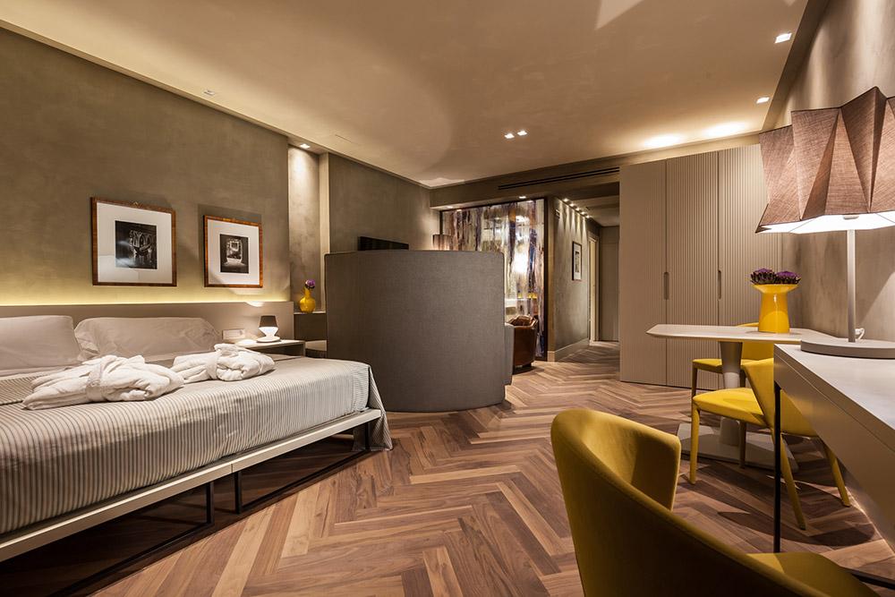 yellow-suite-4